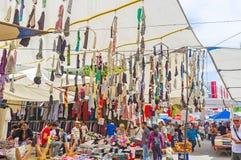 Ghirlande dei dsocks nel mercato di Adalia immagini stock