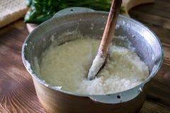 Ghomi, popularny naczynie od Samegrelo regionu robić biały prostacki c obraz stock