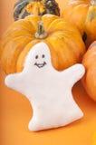 Ghost avec le potiron Images stock