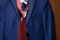 Giacca blu del ` s degli uomini Fotografia Stock Libera da Diritti