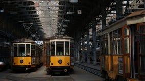 Giacimento del tram di bancomat della città di Milano fotografia stock libera da diritti