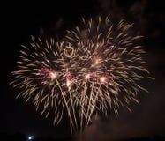 Giallo dei fuochi d'artificio Fotografia Stock