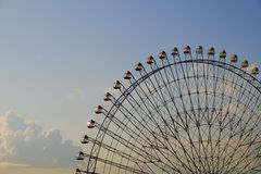 Giant ferris wheel at sunset Royalty Free Stock Photos