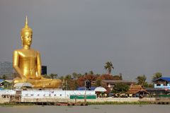 Giant golden buddha Royalty Free Stock Photography