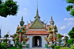 Giant guardian in the wat arun Royalty Free Stock Image