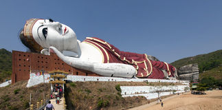Giant Reclining Buddha Royalty Free Stock Photography