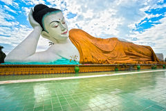 Giant sleeping Buddha (100 mt.), Bago, myanmar. Stock Photos