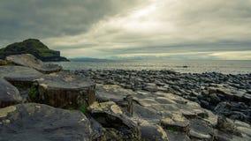 Giant& x27; s droga na grobli w Irlandia Fotografia Royalty Free