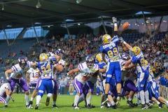 Giants contro i raider vikings Fotografie Stock Libere da Diritti