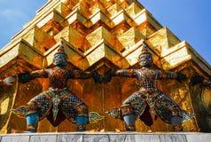 Giants dans le temple royal Photos libres de droits