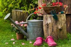 Giardinaggio degli utensili degli strumenti di giardino della primavera Fotografie Stock Libere da Diritti
