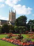 Giardini della cattedrale della Suffolk Fotografie Stock Libere da Diritti