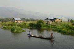 GIARDINI DI GALLEGGIAMENTO DELL'ASIA MYANMAR NYAUNGSHWE Immagine Stock