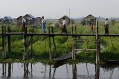 GIARDINI DI GALLEGGIAMENTO DELL'ASIA MYANMAR NYAUNGSHWE Immagine Stock Libera da Diritti