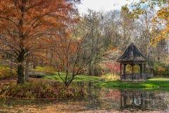 Giardini di Gibbs, terra della palla, Georgia U.S.A. 11/16/2018 dell'autunno immagine stock