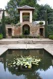 Giardini ed architettura a Alhambra Immagine Stock Libera da Diritti