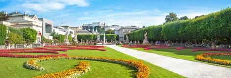 Giardini famosi di Mirabell a Salisburgo, Austria Fotografia Stock Libera da Diritti