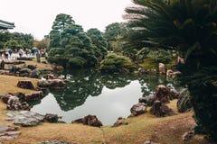Giardini giapponesi antichi al castello del Nijo di Kyoto fotografia stock libera da diritti