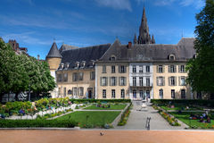 Giardini pubblici e vecchio municipio, Grenoble, Francia fotografie stock