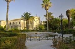 Giardini pubblici nella vecchia città di Ragusa Ibla, Sicilia, Italia fotografia stock