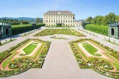 Giardini a Schoenbrunn, Vienna, Austria Immagini Stock Libere da Diritti