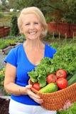 Giardiniere della verdura di signora fotografia stock libera da diritti