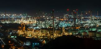 Giardino astratto di notte del bokeh nel fondo della citt? immagine stock libera da diritti