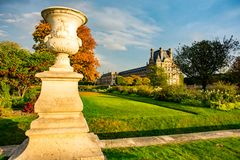 Giardino autunnale di Tuileries - di Parigi immagini stock