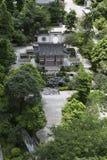 Giardino cinese classico dell'Asia che abbellisce con lo stile del sud della Cina, il parco orientale di paesaggio con il cortile Fotografia Stock