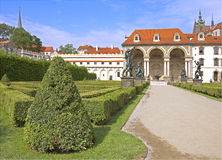 Giardino del castello Fotografie Stock Libere da Diritti