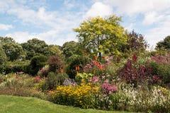 Giardino del paese di Englsi Fotografie Stock Libere da Diritti