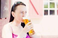 Giardino della birra del pub Immagini Stock