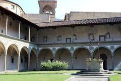 Giardino della chiesa a Firenze Fotografia Stock Libera da Diritti