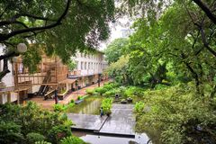 Giardino della città alla zona verde Makati, Filippine immagine stock libera da diritti