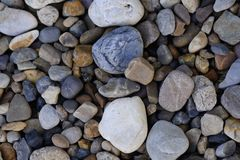 giardino della pietra del ciottolo che pavimenta immagine di sfondo di struttura delle rocce fotografie stock