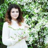 Giardino della ragazza in primavera Immagine Stock Libera da Diritti