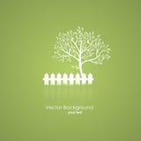 Giardino di estate con un albero e un recinto leggero Backgr verde di vettore Fotografia Stock