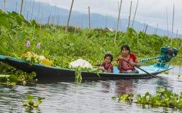 Giardino di galleggiamento del Myanmar del lago Inle Fotografie Stock Libere da Diritti