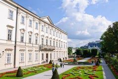 Giardino di Mirabell e castello di Hohensalzburg - Salzbur Fotografia Stock Libera da Diritti