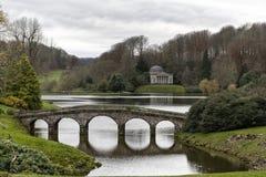 Giardino di paesaggio di Stourhead Fotografia Stock Libera da Diritti
