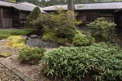 Giardino di rocce alla villa imperiale di Tamozawa a Nikko fotografie stock