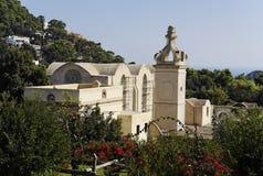 Giardino e chiesa - Capri fotografia stock