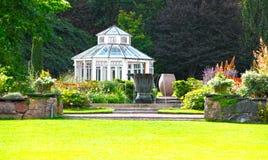 Giardino e conservatorio Fotografia Stock