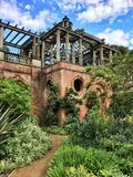 Giardino e pergola della collina nella brughiera di Hampstead Fotografia Stock Libera da Diritti