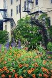 Giardino floreale del centro di Kemper fotografie stock