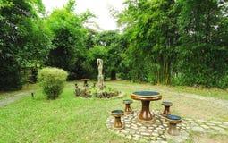 Giardino in foresta di bambù Immagine Stock