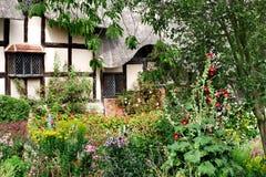 Giardino fronte del cottage Immagine Stock
