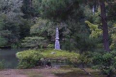 Giardino giapponese dell'acqua del tempio Immagine Stock