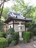 Giardino giapponese tradizionale del tempio buddista Immagini Stock Libere da Diritti