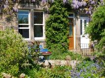 Giardino a terrazze della casa Fotografia Stock Libera da Diritti